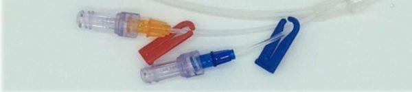 Alargadera de 3 vías con válvulas de bioseguridad